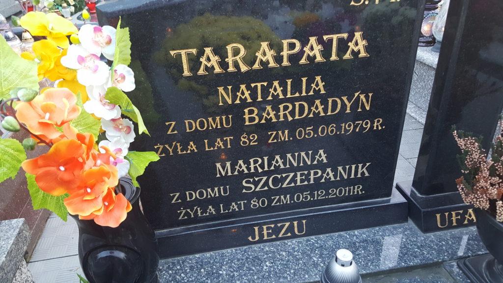 Nagrobek babci ze strony matki, Natalii Tarapata