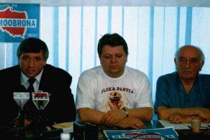 Od lewej: Andrzej Lepper, Leszek Bubel i gen. Stanisław Skalski.